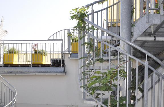 Dachterrasse - Wendeltreppe und Geländer - Ausschnitt